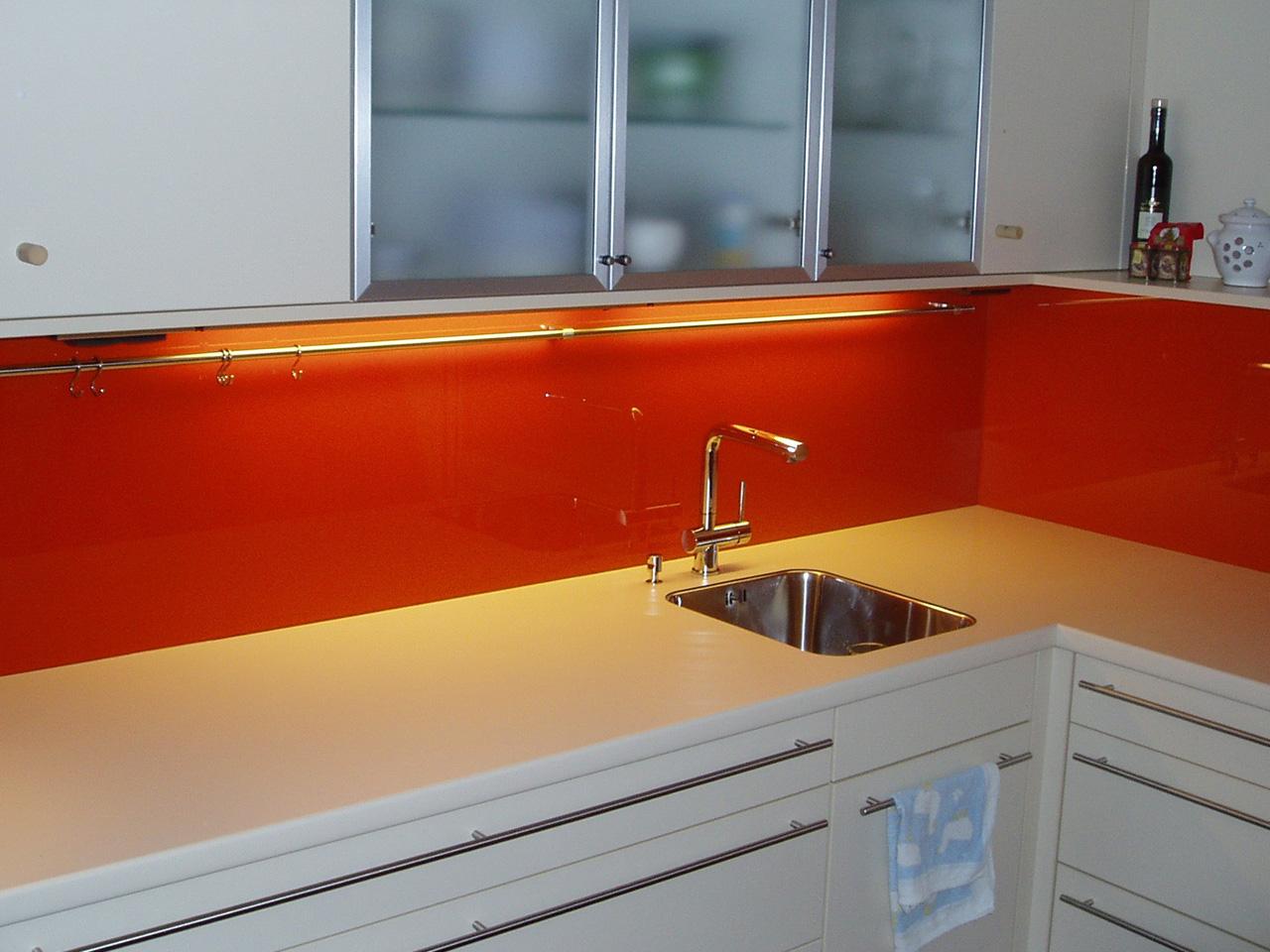 Küche Statt Fliesenspiegel ~ Die Besten Einrichtungsideen und ...